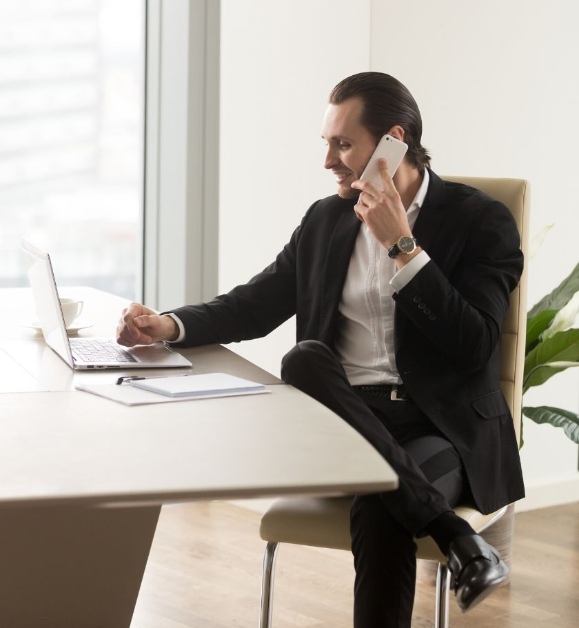 ejecutivo-contacto-kortuba